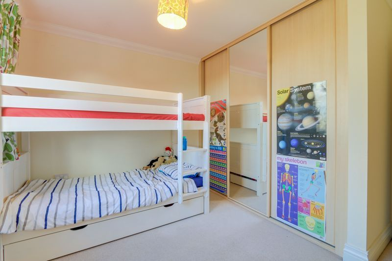 3 bed house for sale in Acer Close 13
