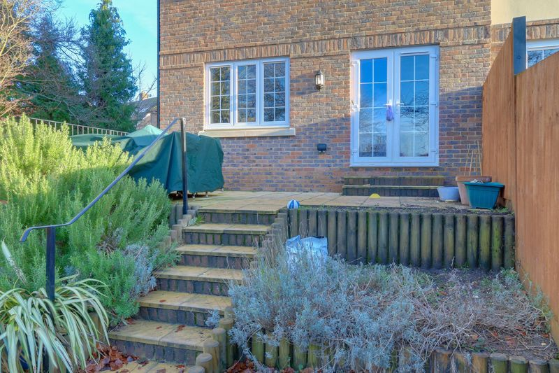 3 bed house for sale in Acer Close 21
