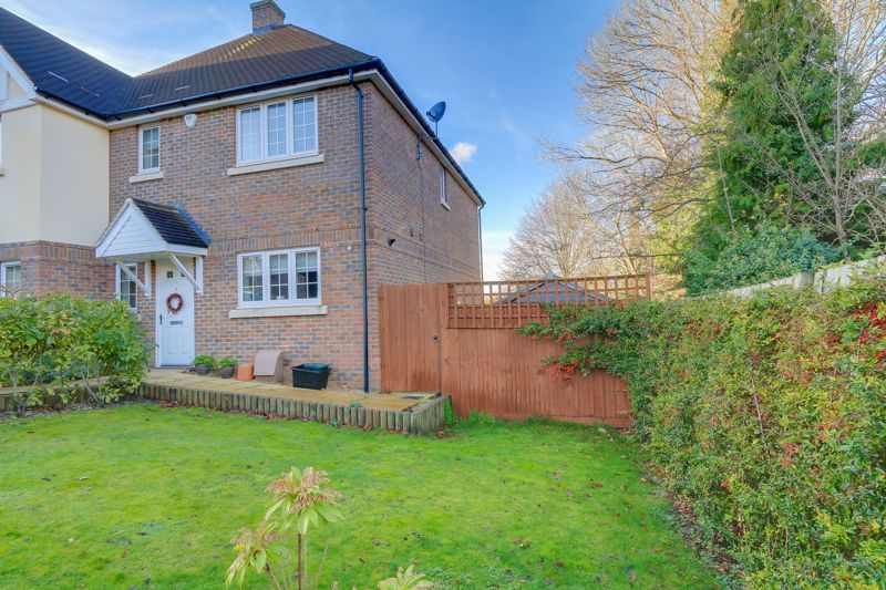 3 bed house for sale in Acer Close 24