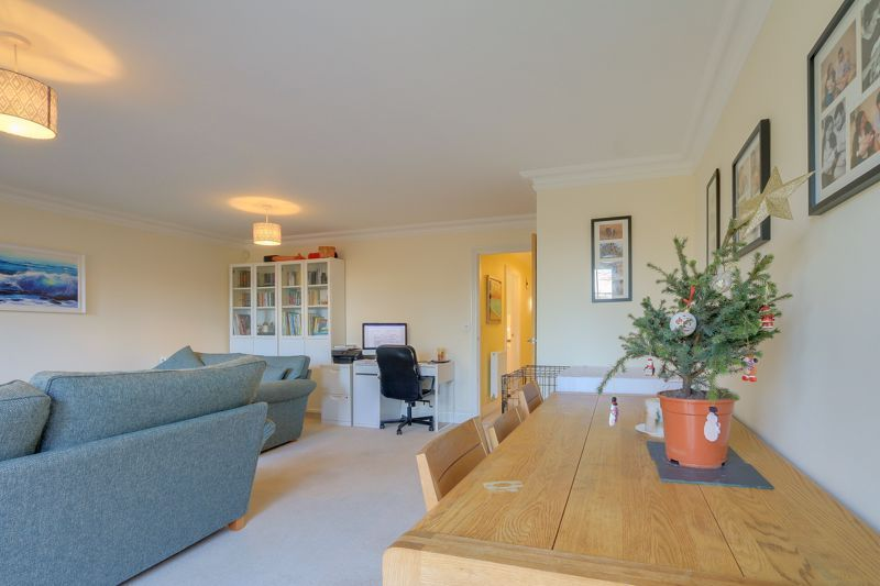 3 bed house for sale in Acer Close 4