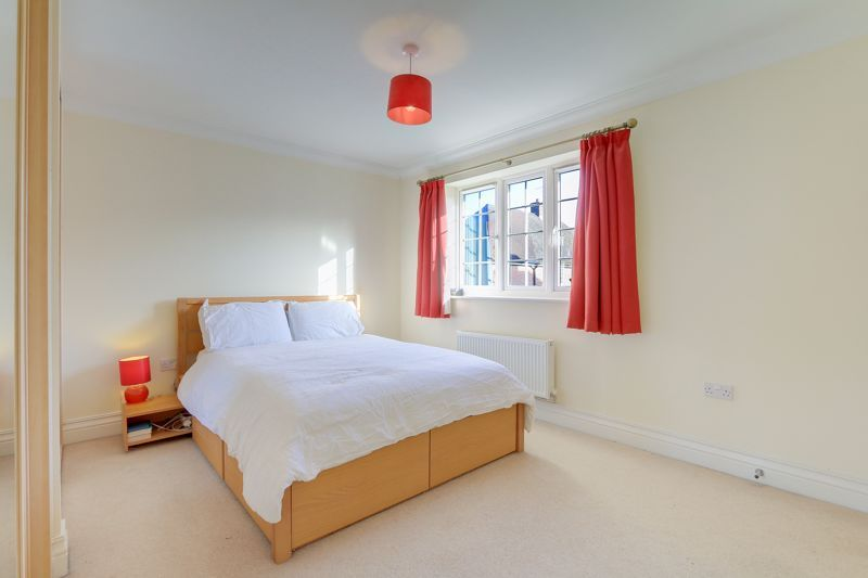 3 bed house for sale in Acer Close 9
