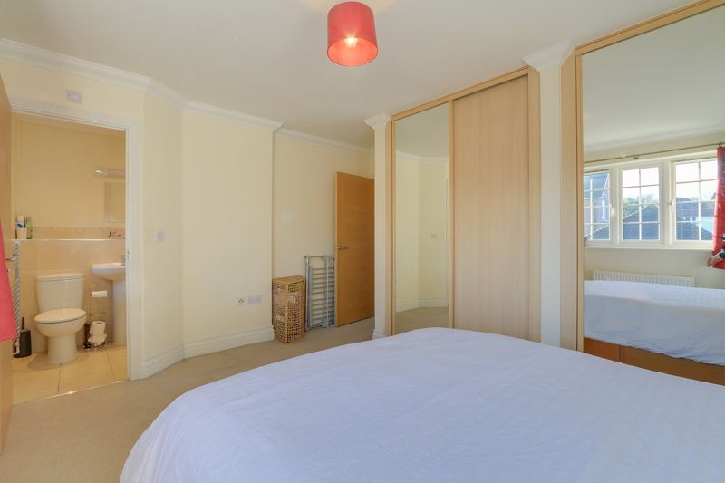 3 bed house for sale in Acer Close 10