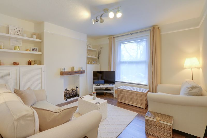 1 bed flat for sale in Tower Road, KT20