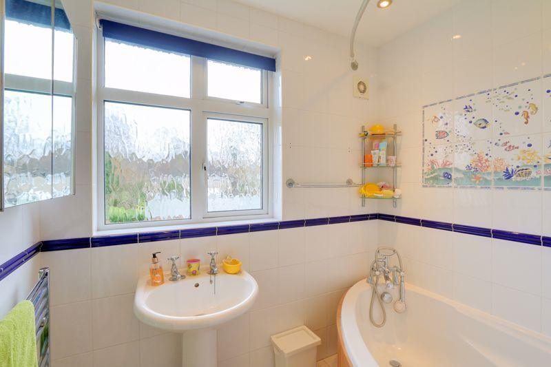 3 bed house for sale in Deans Road  - Property Image 15