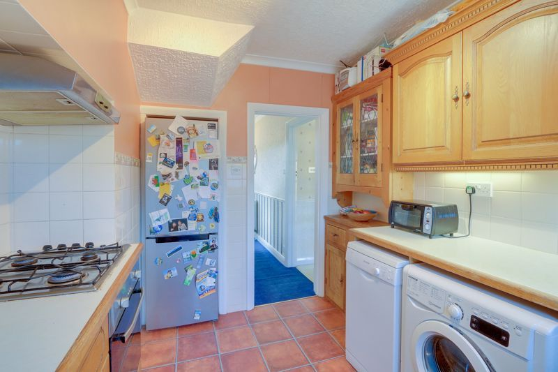 3 bed house for sale in Deans Road 7