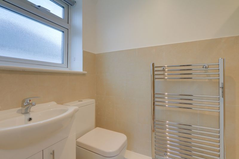 2 bed flat to rent in Brighton Road 10