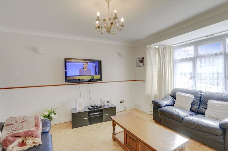 5 bed house for sale in Chetwode Drive  - Property Image 2