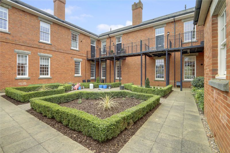 1 bed flat for sale in Glanville Way, KT19