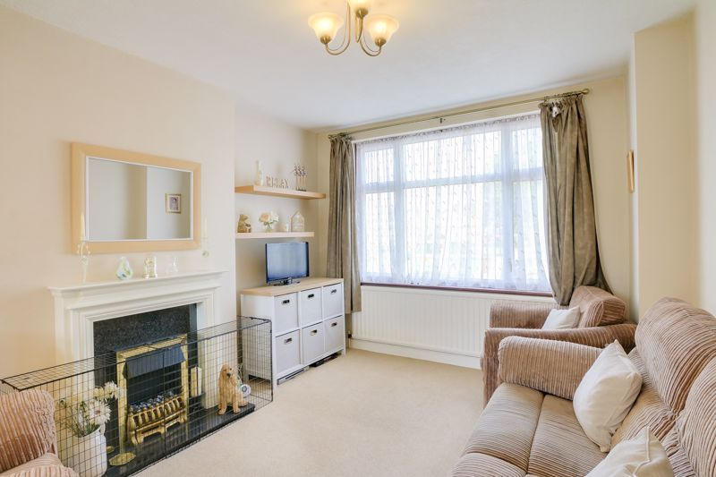 3 bed house for sale in Green Lanes  - Property Image 2