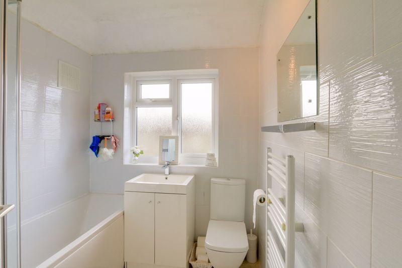 3 bed house for sale in Green Lanes  - Property Image 12