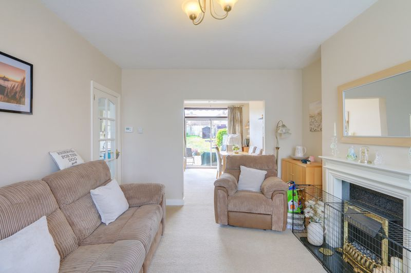 3 bed house for sale in Green Lanes 4