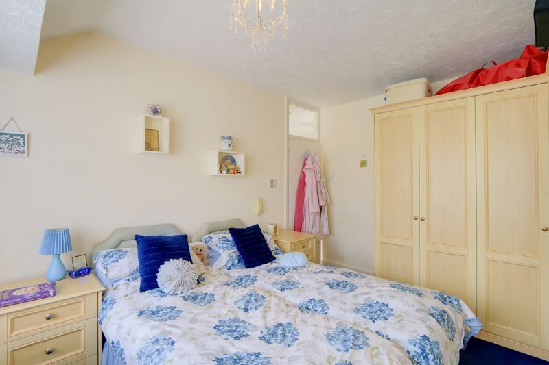 3 bed house for sale in Green Lanes 7