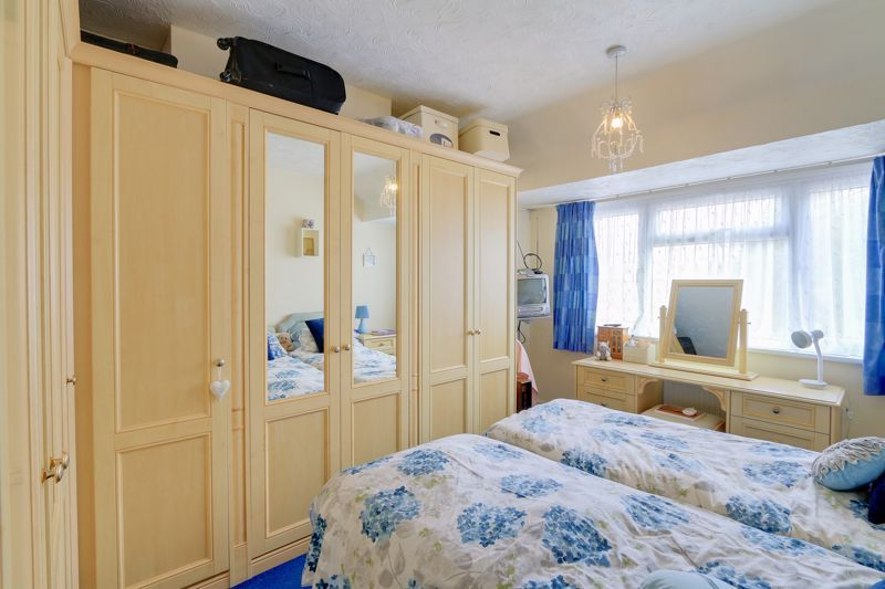 3 bed house for sale in Green Lanes 8