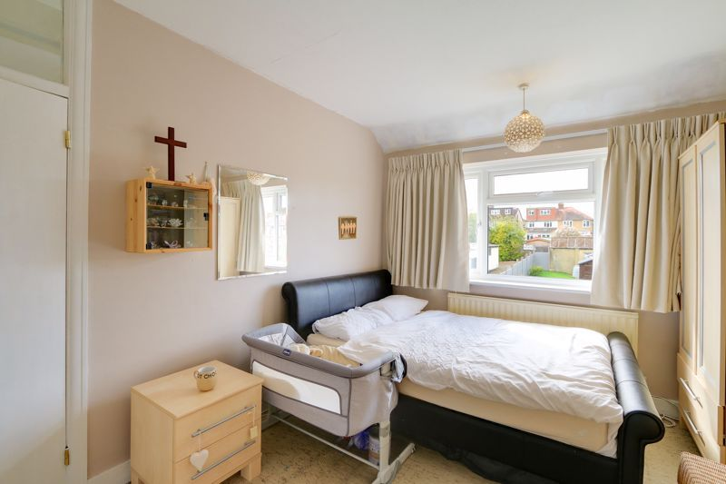 3 bed house for sale in Green Lanes 9