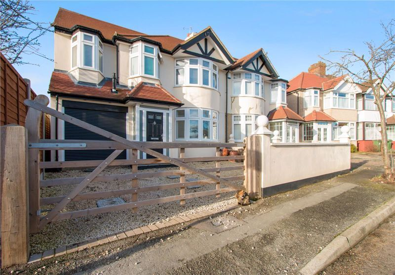 4 bed house for sale in Haslam Avenue, SM3