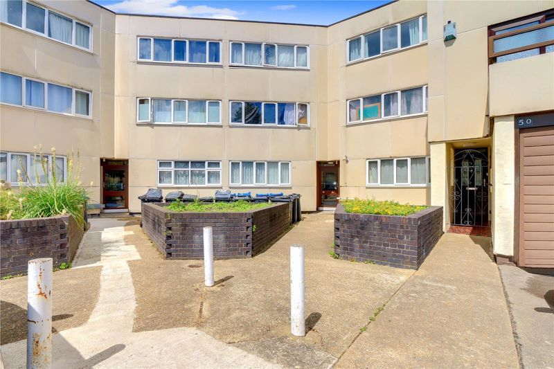 1 bed flat for sale in Gale Close, CR4