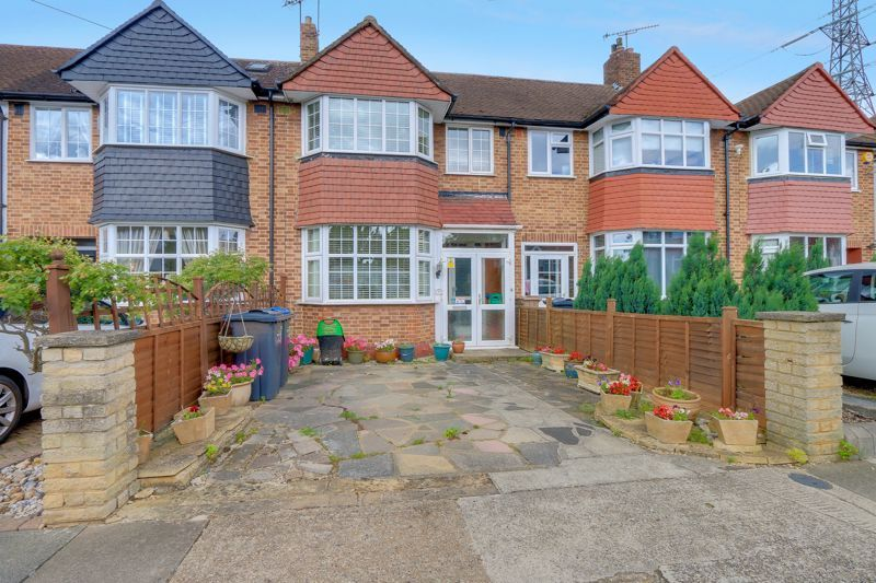3 bed house for sale in Salcombe Drive, SM4