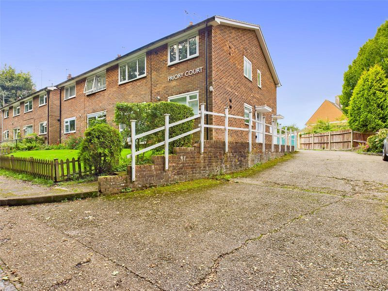 2 bed  for sale in Chipstead Road, SM7