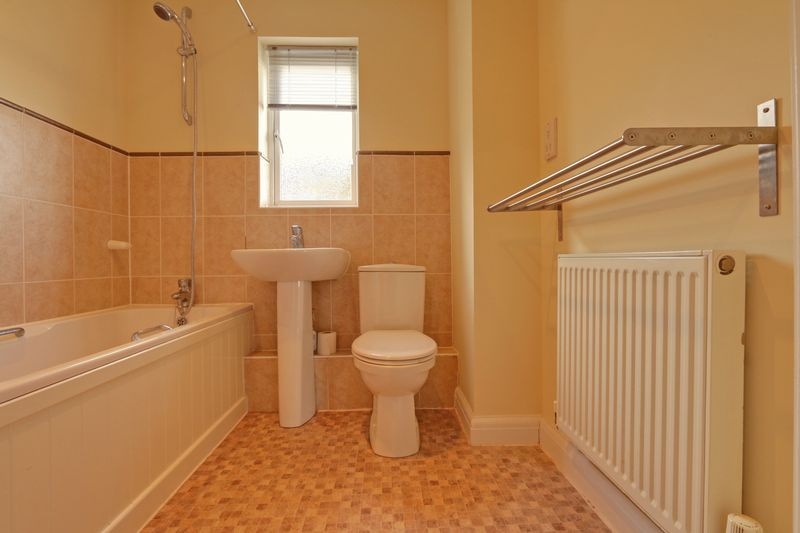 2 bed flat to rent in Wingfield Court  - Property Image 7