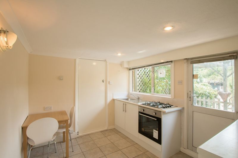 1 bed  to rent in Green Lane 3