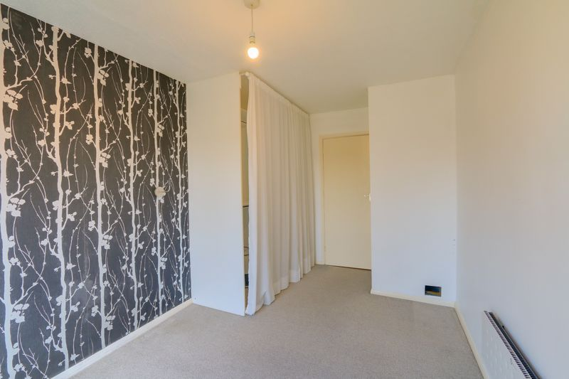1 bed flat to rent in 45 Eaton Road 5