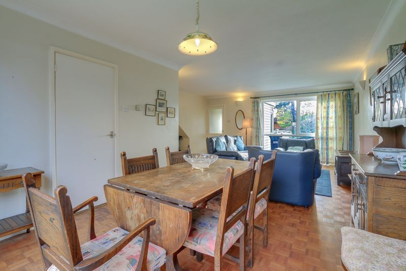 3 bed house for sale in Burnham Drive 3