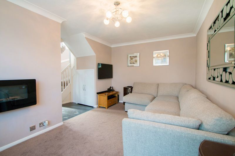 1 bed house for sale in Lambert Road  - Property Image 3