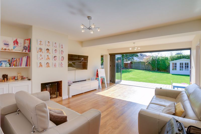 4 bed house for sale in Roundwood Way  - Property Image 2