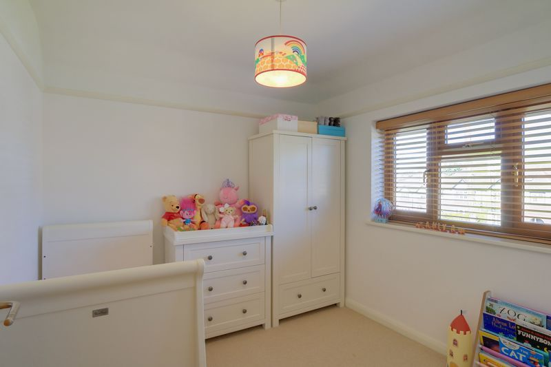 4 bed house for sale in Roundwood Way 13