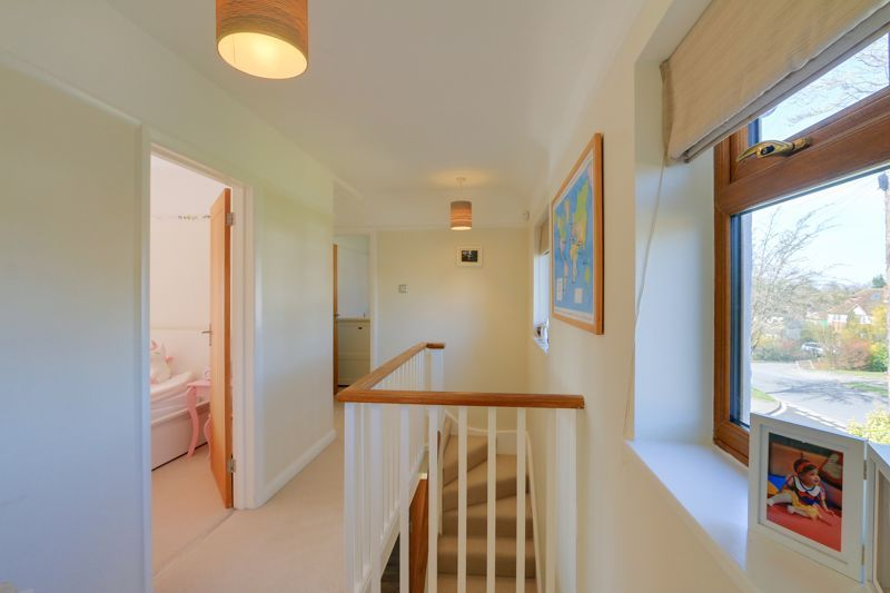 4 bed house for sale in Roundwood Way 16
