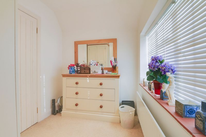 5 bed house for sale in Nork Way  - Property Image 14