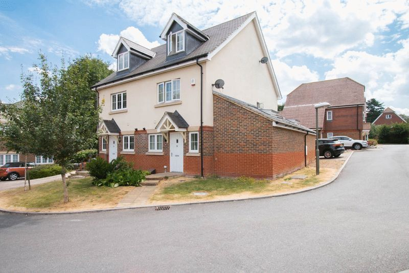 3 bed house for sale in Ash Close, SM7