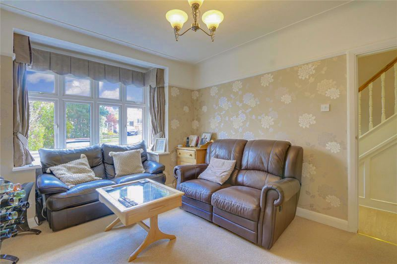5 bed house for sale in Parsonsfield Road 2