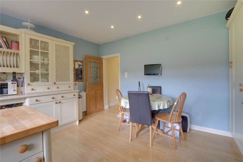 5 bed house for sale in Parsonsfield Road 9