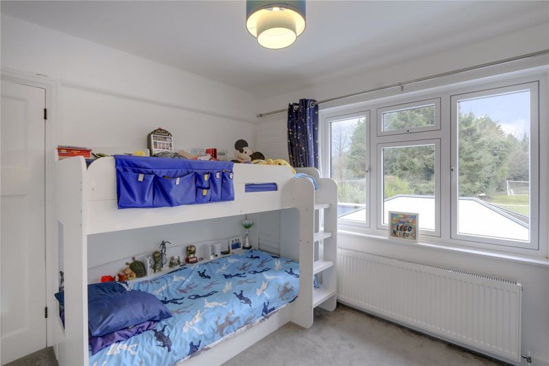 3 bed house for sale in Warren Road 14