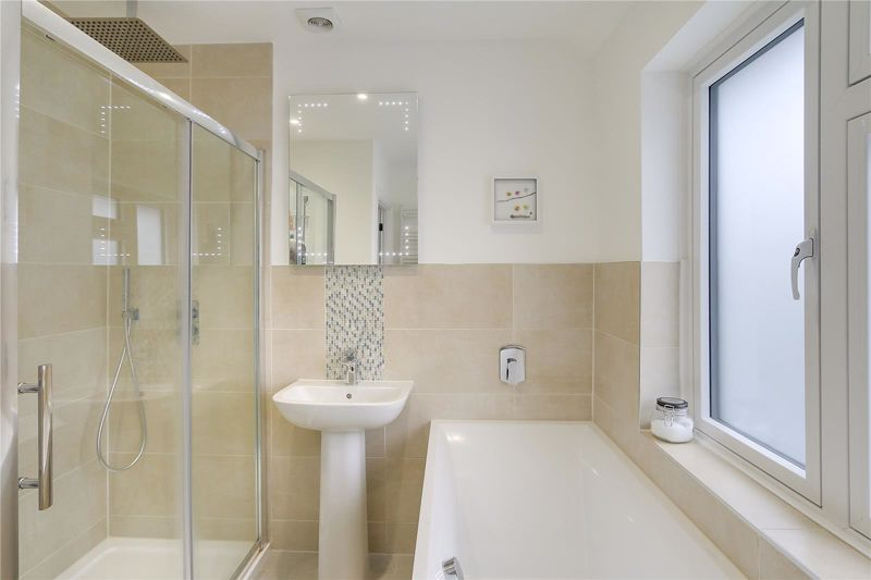 3 bed house for sale in Warren Road  - Property Image 17