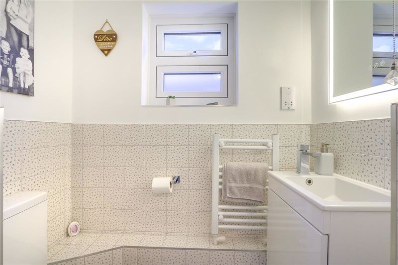 3 bed house for sale in Warren Road  - Property Image 20