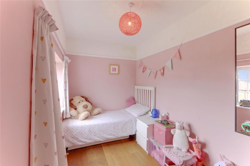 3 bed house for sale in Burgh Wood 20