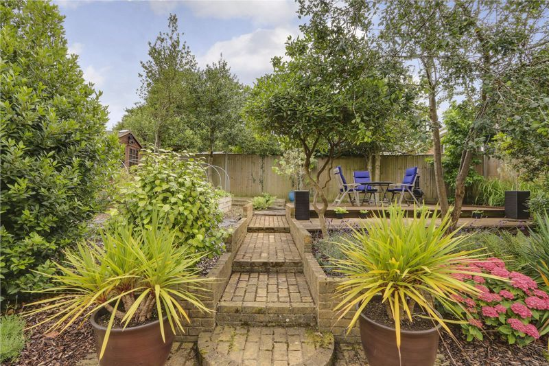 3 bed house for sale in Burgh Wood 24
