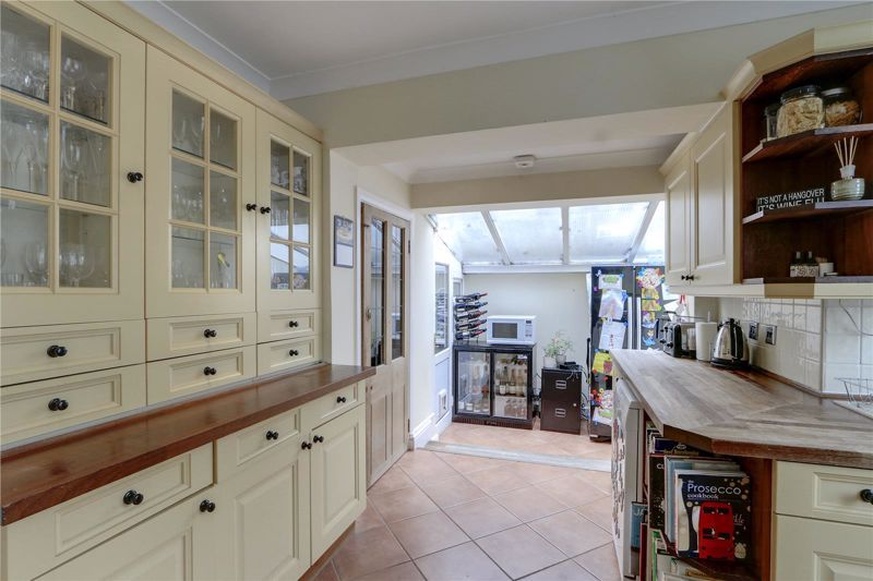 3 bed house for sale in Burgh Wood 5