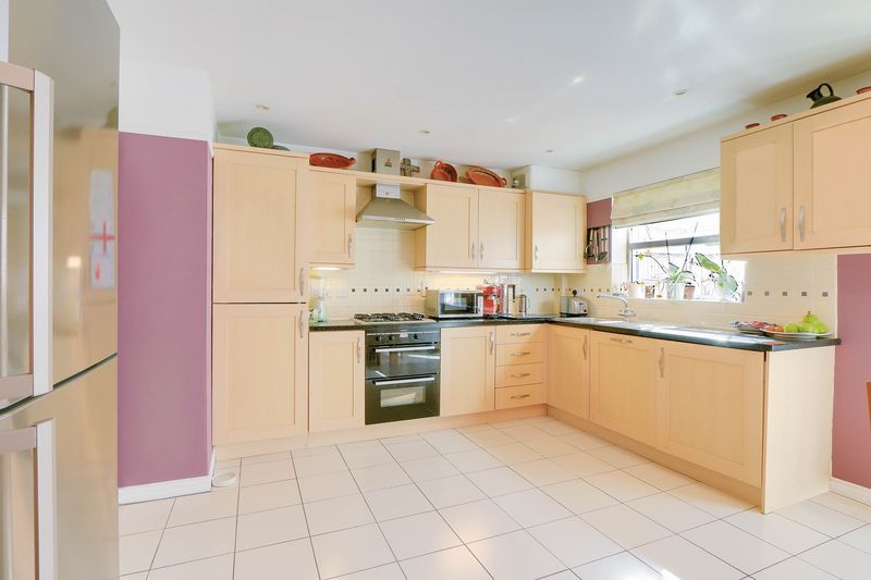 4 bed house for sale in Greenacres  - Property Image 5