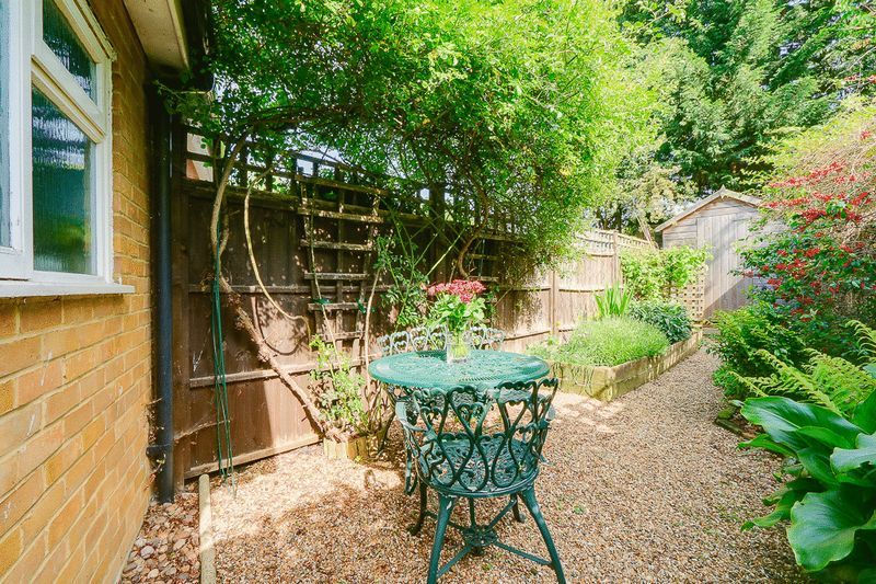 3 bed house for sale in Church Side 12