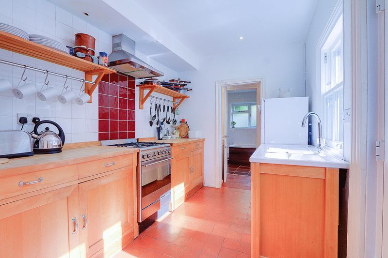 3 bed house for sale in Church Side 5
