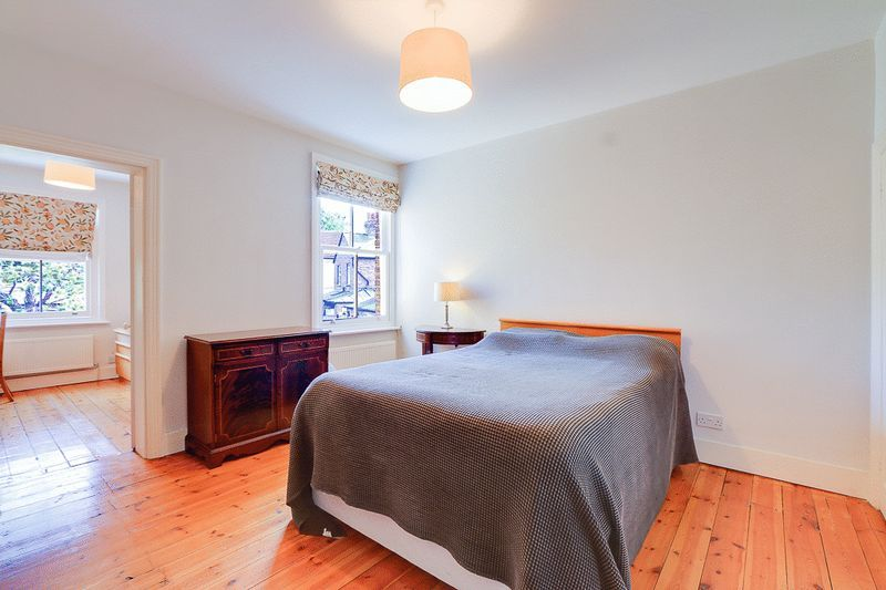 3 bed house for sale in Church Side 7