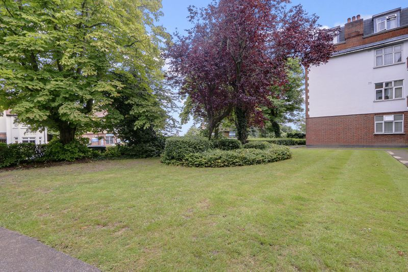 2 bed flat for sale in Carshalton Road  - Property Image 14