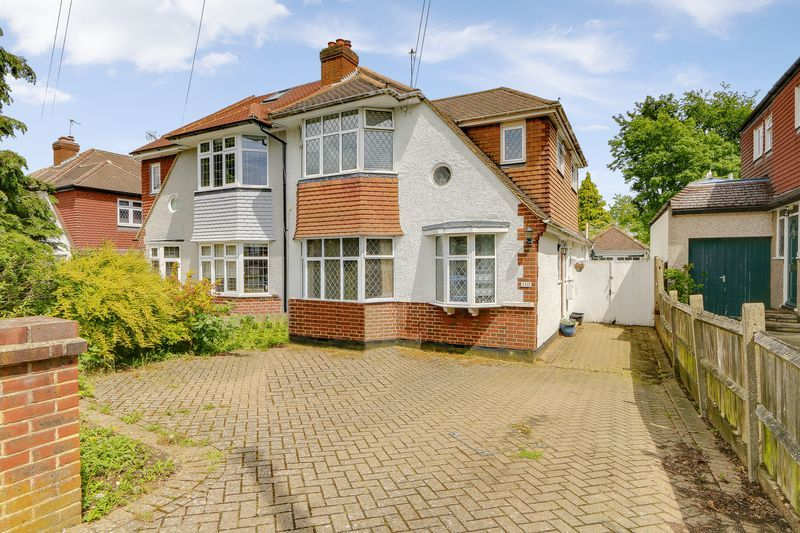 4 bed house for sale in Greenhayes Avenue  - Property Image 2