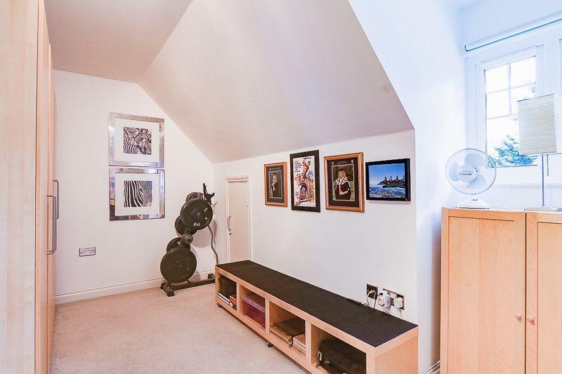 3 bed flat for sale in Babylon Lane  - Property Image 12