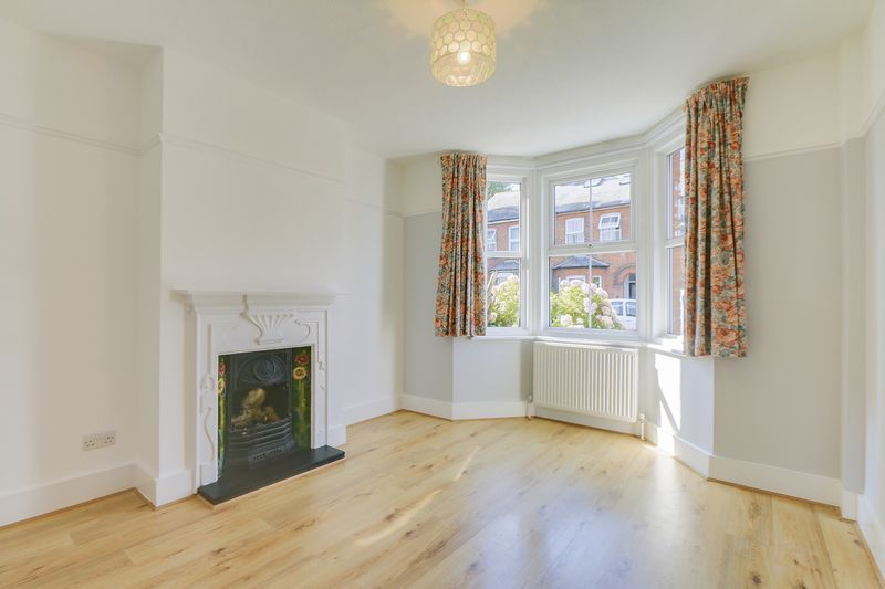2 bed house to rent in Oakdale Road 2