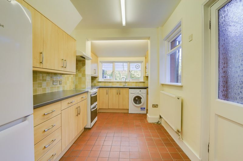 2 bed house to rent in Oakdale Road 6