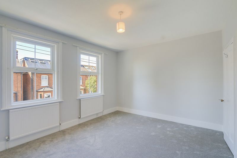 2 bed house to rent in Oakdale Road 8